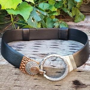 🥀CHICO'S Black Leather Hook Belt Silver S/M